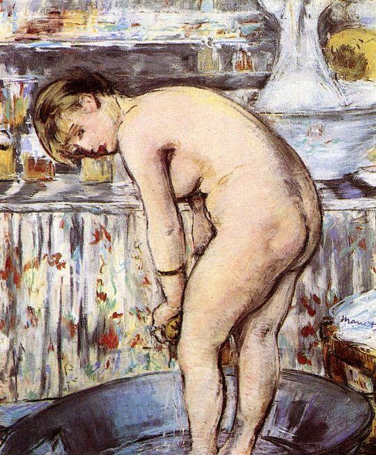 Женщина в ванне