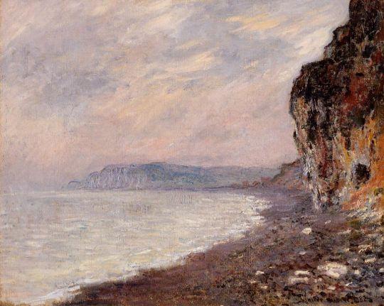 Скалы в Пурвий в тумане