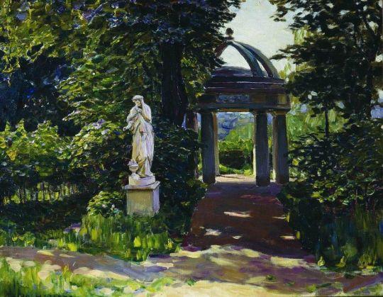 Ротонда Миловида в Найденовском парке. Москва.