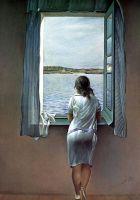 Женская фигура у окна