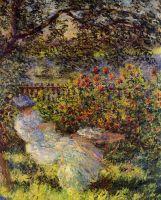Алиса Хоршеде в саду