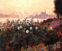 Аржентёй, цветы на берегу реки