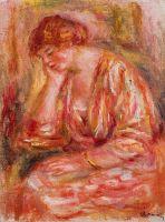 Женщина, опираясь на локоть