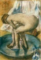 Женщина, купающаяся в тазу (1885) (81.3 х 56.2) (Нью-Йорк, Метрополитен)