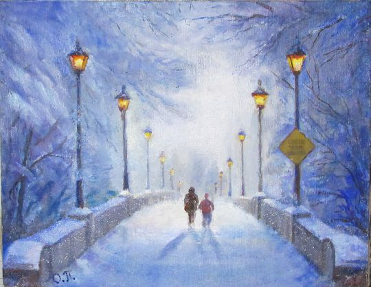 Теплый свет фонарей в зимнем парке