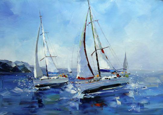 Яхты в брызгах волн