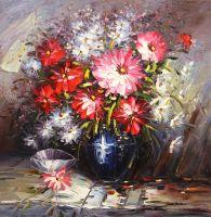 Букет с красными цветами в синей вазе