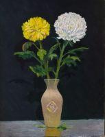 Две хризантемы