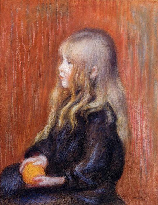 Коко с апельсином в руках