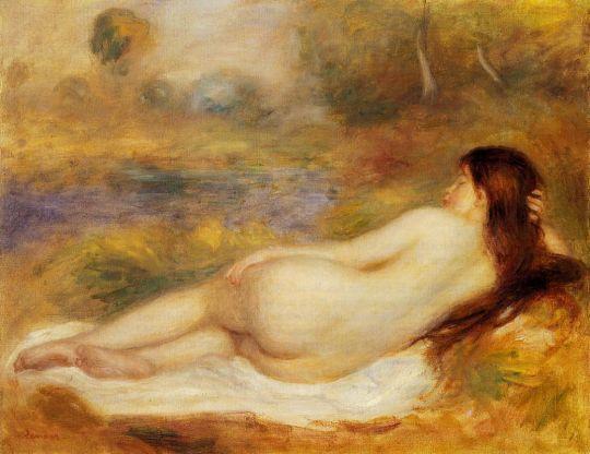 Обнаженная лежащая на траве