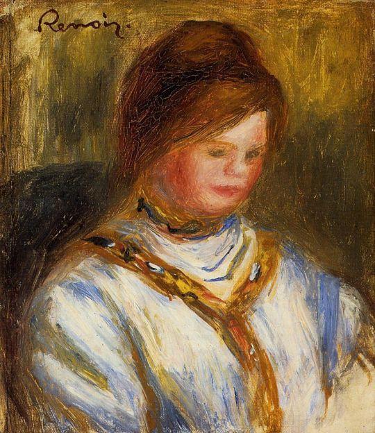 Женщина в голубой блузке