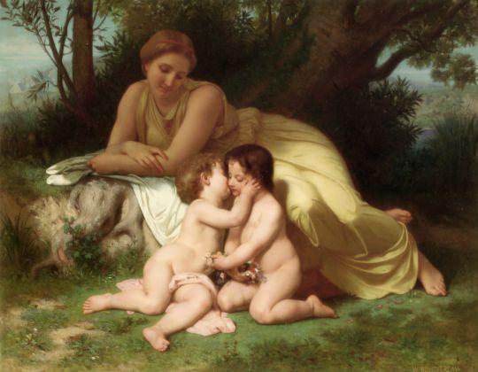 Молодая женщина, созерцающая двух обнимающихся детей