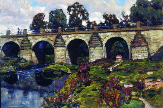 Дворцовый мост XVIII века через реку Яузу. Лефортово.