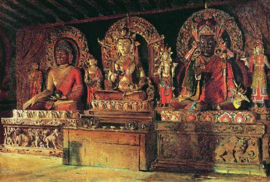 Три главных божества в буддийском монастыре Чингачелинг в Сиккиме