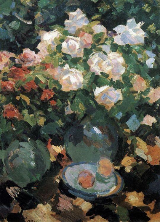 Розы в голубых кувшинах