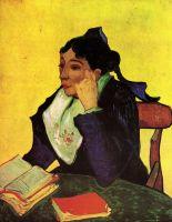 Арлезианка: Мадам Жину с книгами