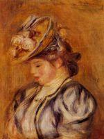 Девушка в шляпе, украшенной цветами