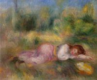 Девочка, растянувшаяся на траве