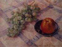 Виноград и яблоки.