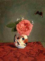 Садовые незабудки и розы в вазе