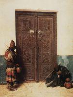 У дверей мечети
