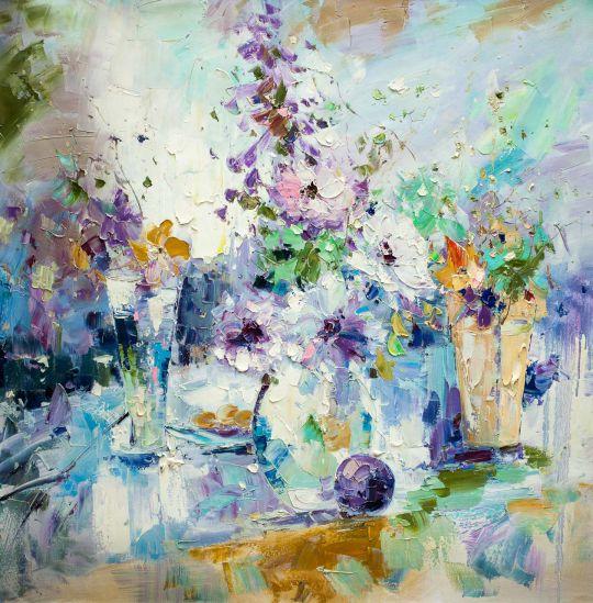 Цветочная абстракция в сине-фиолетовых тонах
