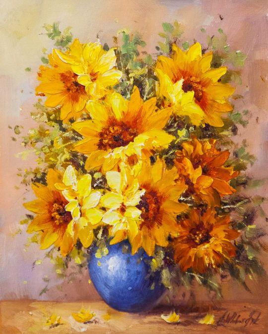 Садовые подсолнухи в синей вазе