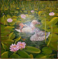 Утки-мандаринки на заросшем пруду