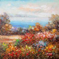 Цветущий сад на фоне моря