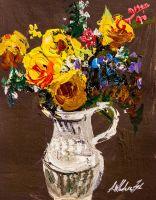 Букет жёлтых роз в кувшине