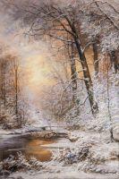 Зимний лес окутан снегом
